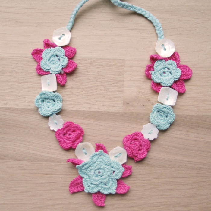 Cotton crochet shell necklaces