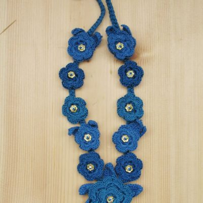 Cotton crochet flower sequin necklaces