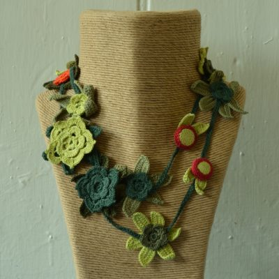 Crochet flower necklaces - long
